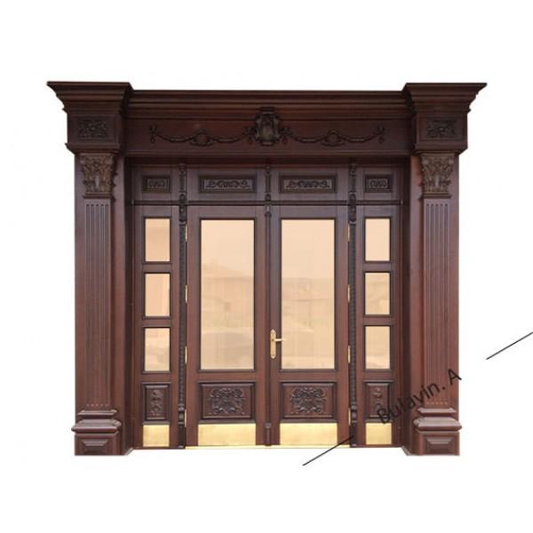 Двери из массива дерева для дома
