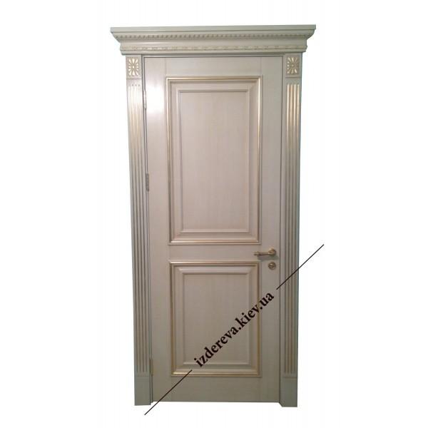 Нанесение позолоты на межкомнатные двери из дерева